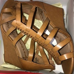 Never worn tan strappy sandals